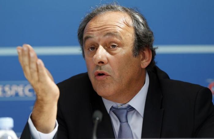 """""""Bricolage vidéo"""", """"où est le progrès, où est la justice ?""""... Platini démonte la VAR !"""