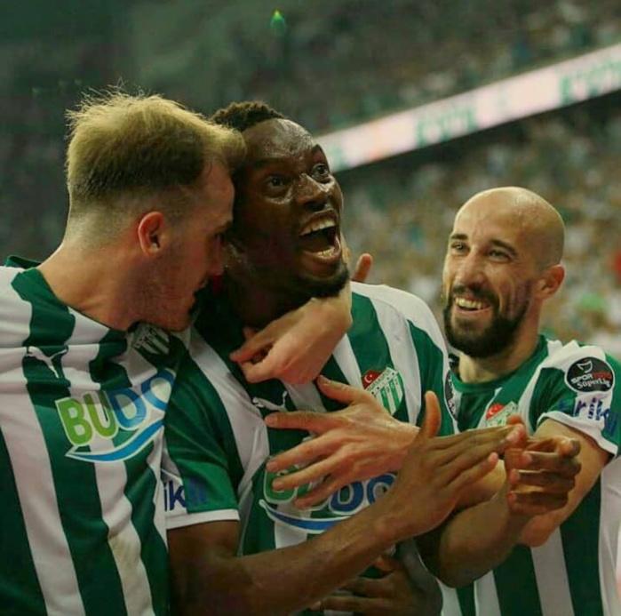 Diafra Sakho marque à son premier match avec Bursaspor