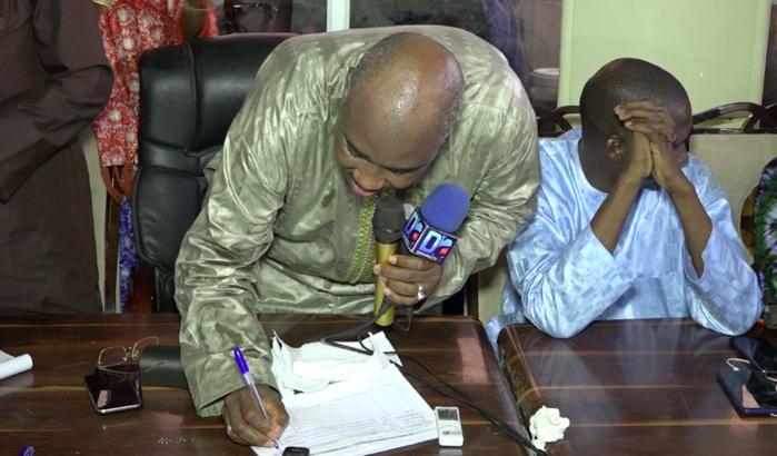 Parrainage de Macky Sall dans les Agnams : Farba Ngom récolte 3000 signatures en une journée et égratigne l'opposition