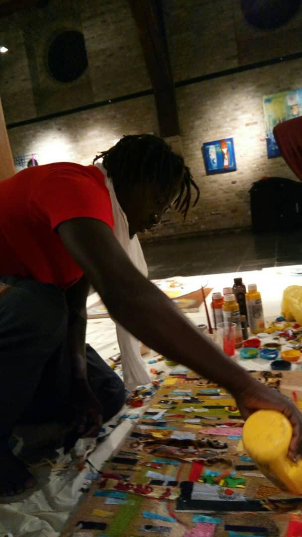 ''Between Bonn and Dakar'' : Quand l'élève de Moussa Sène Absa et de Mouhamadou Mbaye ''Zulu'' se lance dans un voyage artistique pour parler des valeurs africaines.