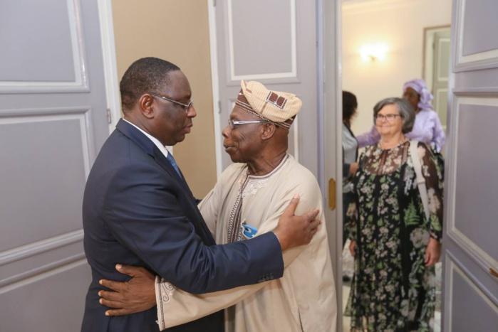 AUDIENCE AU PALAIS : Macky Sall reçoit l'ancien président nigérian Obasanjo