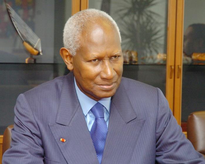 Le Président Abdou Diouf reprend du service