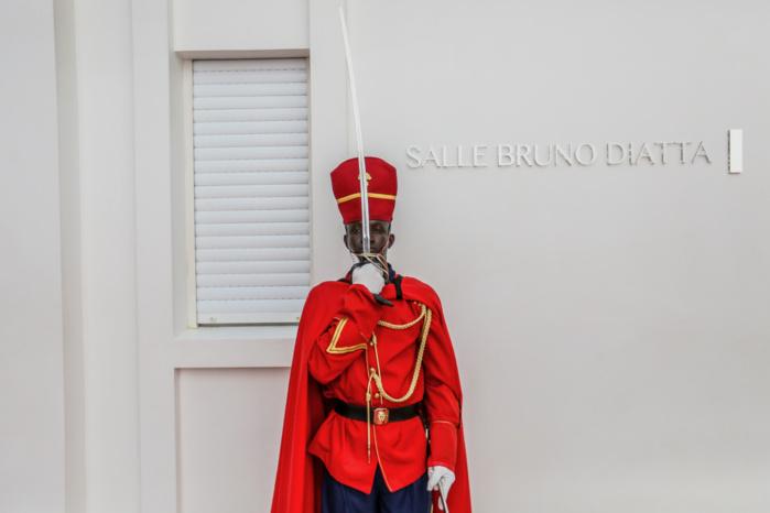 La salle du conseil des Ministres porte depuis ce matin le nom de Bruno Diatta
