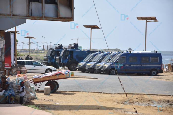 Ucad : Les environs de l'Ensut barricadés pour sécuriser la zone