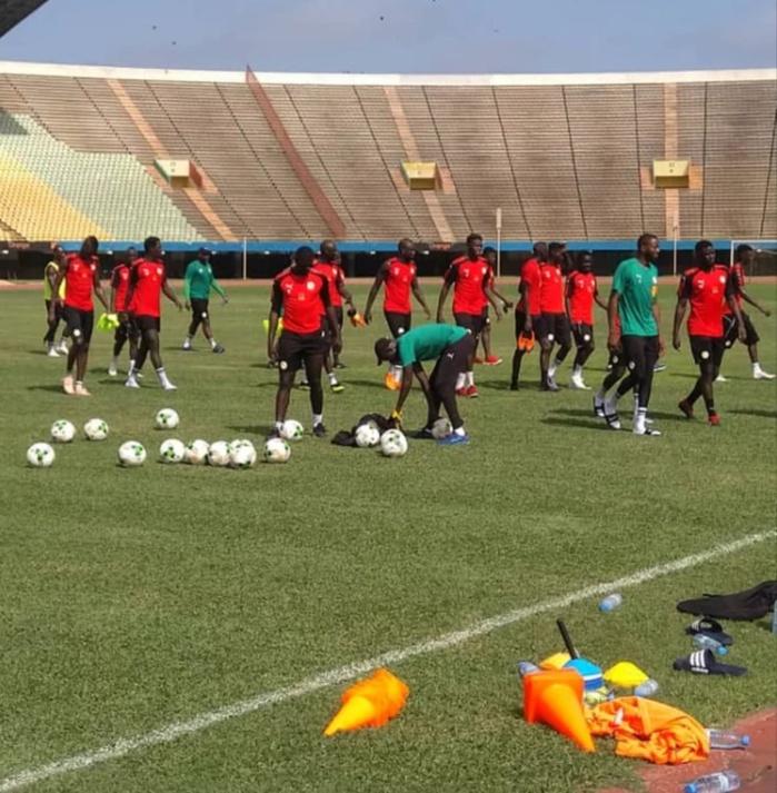 Deuxième galop d'entraînement des Lions : L'équipe est montée en puissance ce mardi matin, Kalidou Koulibaly et Opa Guette manquent à l'appel