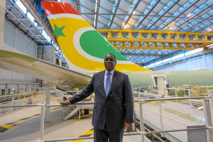 AIRBUS A330NEO F-WWCM de Air Sénégal SA et le Président Macky Sall