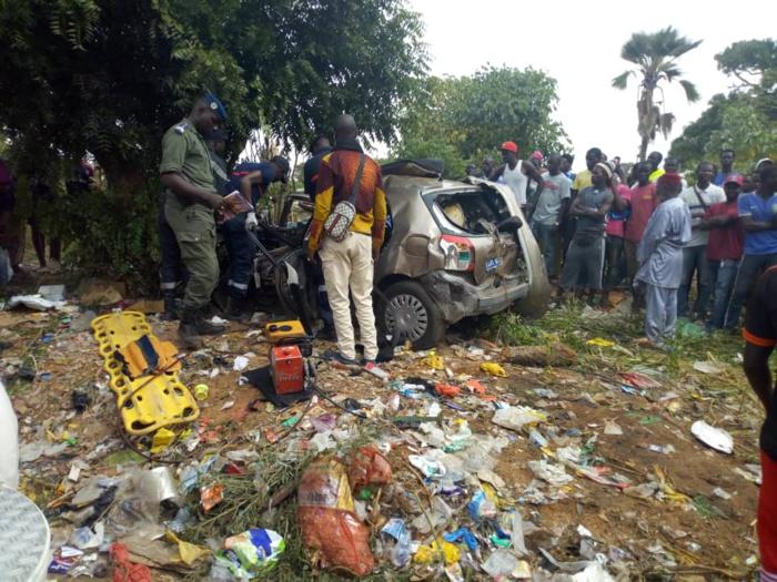 Sébikhotane : Collision entre un camion et un véhicule particulier