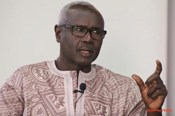 Cinq mois après sa démission-spectacle, le Ministre Mame Mbaye Niang sort du bois.