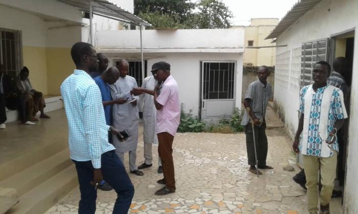 Hôpital El Hadji Ibrahima Niasse de Kaolack: le syndicat bloque le fonctionnement des guichets et réclame le paiement des salaires