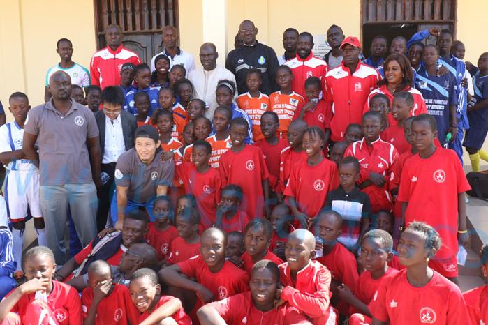 Ngoundiane :  La Commune lance la lutte olympique grâce à la JICA