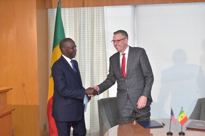 Le secrétaire d'État américain Michael Pompeo rencontre le Premier ministre Mahammed Boun Abdallah Dionne