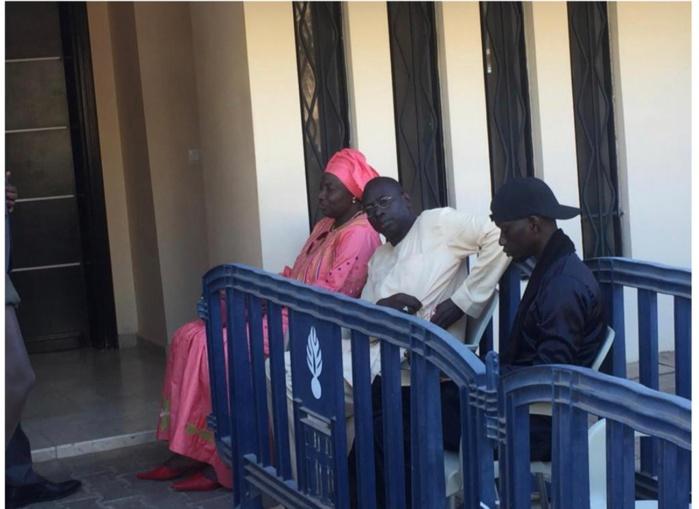 Traitement de faveur lors du dépôt de candidature : Mimi Touré dément l'opposition