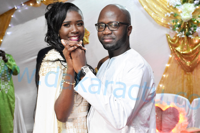 Les images du mariage de Mamadou Diouf, journaliste à Dakaractu et Oureye Fall de la Sen Tv...