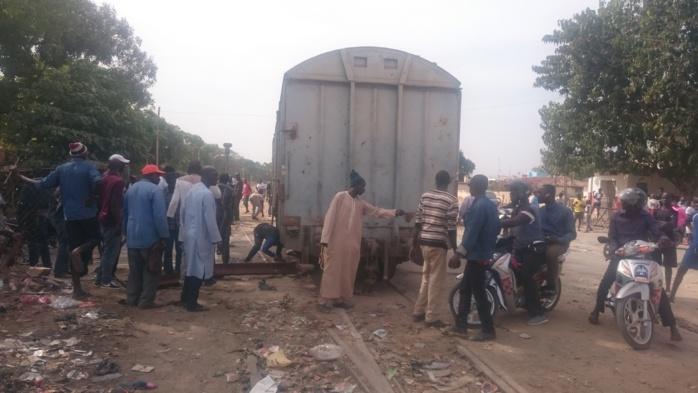 Thiès / Affrontements imminents avec les forces de l'ordre : Les cheminots de Dbf bloquent les différents accès du train
