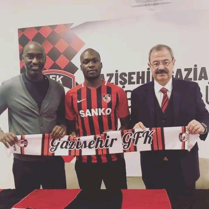 Officiel : Moussa Sow signe à Gazişehir Gaziantep FK en D2 Turque