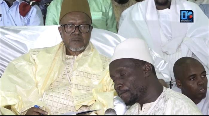 Cérémonie officielle de la Ziarra de Bogal : Le Khalife félicite le gouverneur de Sédhiou, Léon Abib Ndiaye, pour son travail