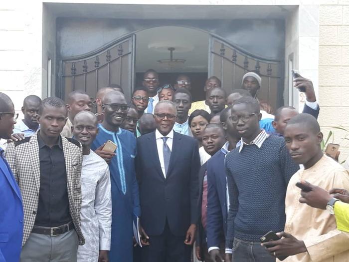 Thiès : La jeunesse de Bby et de la majorité présidentielle a été reçue en audience par le Président du Hcct Ousmane Tanor Dieng