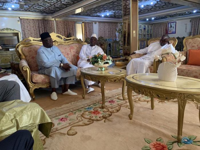 Macky Sall rend une visite de courtoisie à Famara ibrahima Sagna après l'enregistrement de son «temps d'antenne» à la RTS