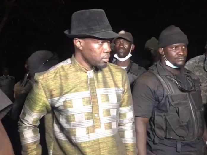 Urgent : Le convoi de Ousmane Sonko bloqué au niveau du pont Emile Badiane par des gendarmes