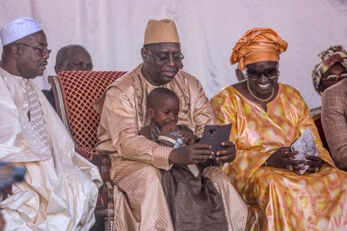 Politique : Macky Sall inonde Dakar et Thiès de volontaires
