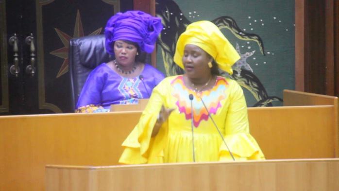 Ndèye Fatou Diouf : «Si Sonko ne défère pas à la convocation de la commission d'enquête, on l'amènera manu militari»