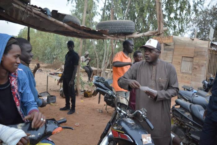 Oumar Gueye, en caravane dans la zone de Niague où la population compte réélire Macky Sall à 95%, raille l'opposition : « Notre pays ne peut pas être dirigé par des gens incapables de gérer un service »