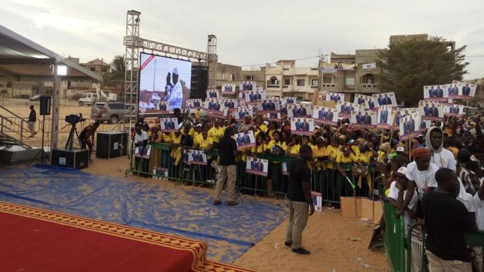 Présidentielle 2019/Arrivée du Président à Rufisque : La guerre des pancartes bat son plein (Images)