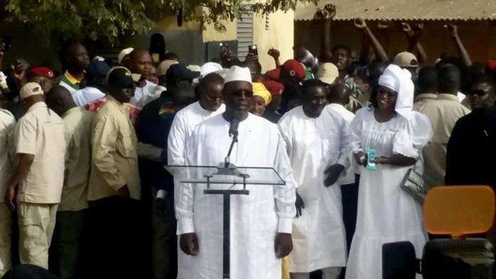 Macky Sall après avoir accompli son droit civique : « J'espère qu'au terme de cette journée le peuple sénégalais sera le seul vainqueur »