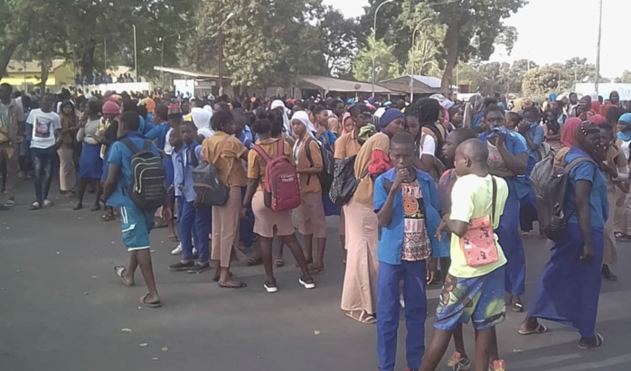 Lycée Ahoune Sané de Bignona. : Les élèves ont décrété 48 heures pour exiger le retour du proviseur, du censeur et du surveillant