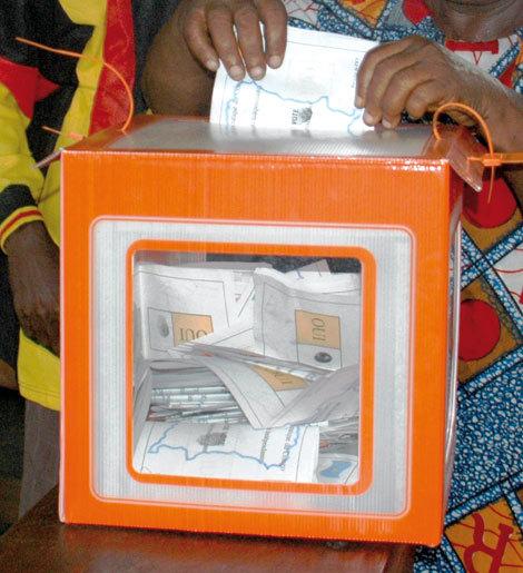 Plaidoyer pour un organisme chargé de l'organisation des élections réellement indépendant.