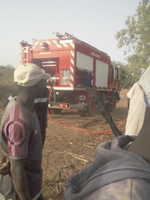 Médina Sabakh : Un grave incendie ravage une maison à Diaglé Omar (Images)