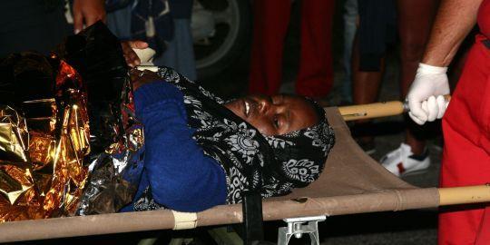 Lampedusa : un bateau avec 300 migrants à son bord secouru.