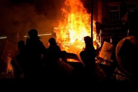 Londres: le quartier de Tottenham secoué par de violentes émeutes