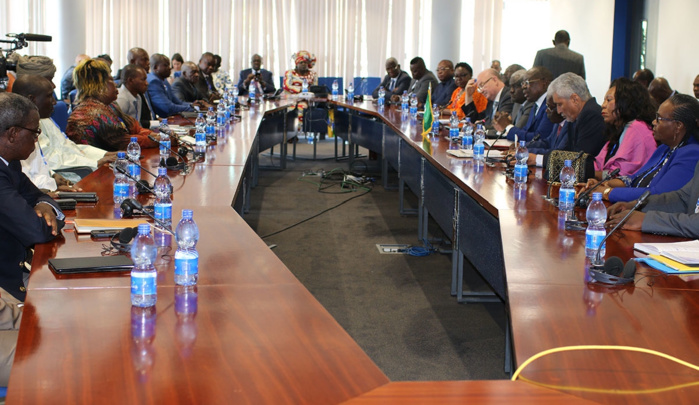 Gouvernement et groupes armés s'accordent à Addis-Abeba pour la paix en RCA