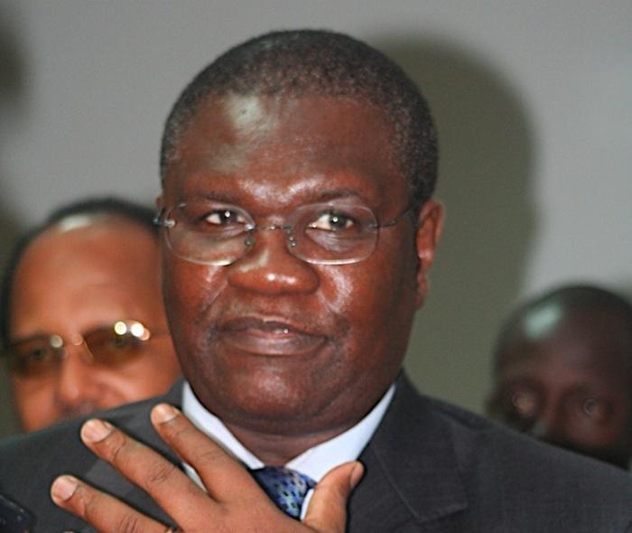 Ousmane Ngom veut-il rester au ministère de l'Intérieur ?