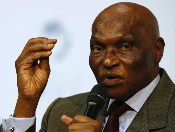 Abdoulaye Wade veut limiter les candidatures par l'argent.