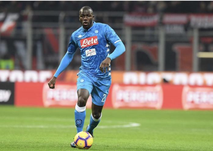 Naples exige 175 millions d'euros pour céder Kalidou Koulibaly