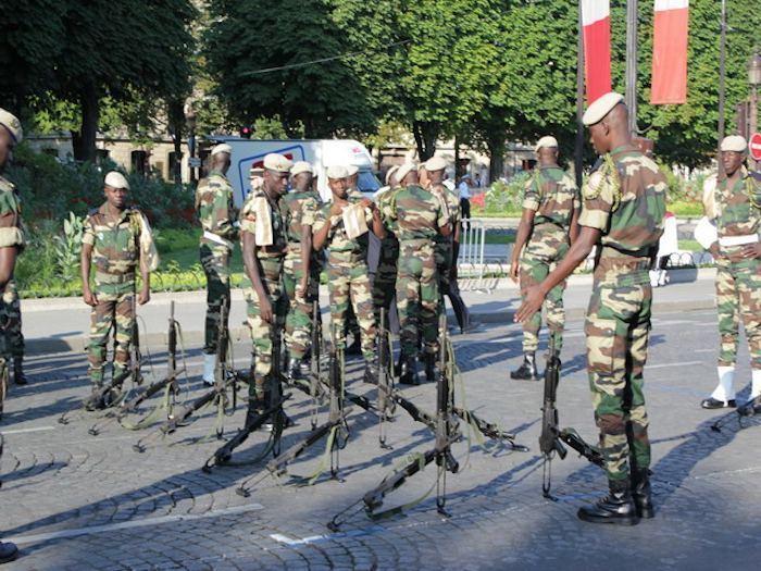 L'armée et les élections.