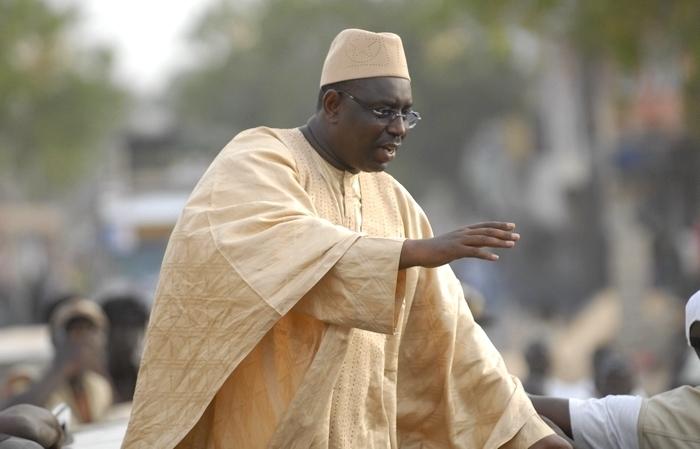 "Macky Sall, la ""oumra"" et la politique."