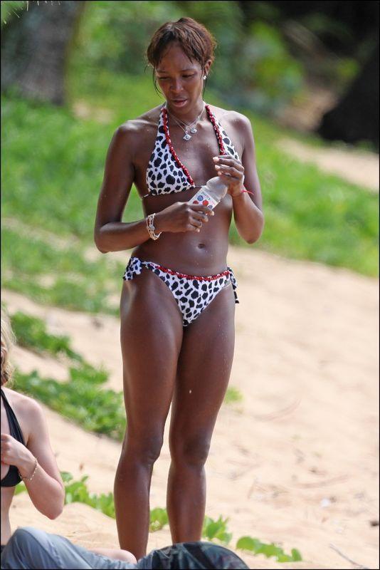 Naomi Campbell très ordinaire sans maquillage. ( PHOTOS )