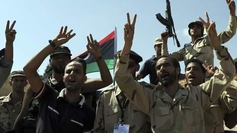 Kadhafi serait encerclé dans le sud de la Libye