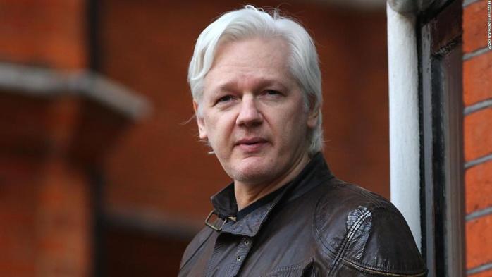 Le fondateur de Wikileaks, Julian Assange, arrêté à Londres
