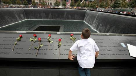 Les familles découvrent en exclusivité le site de Ground Zero