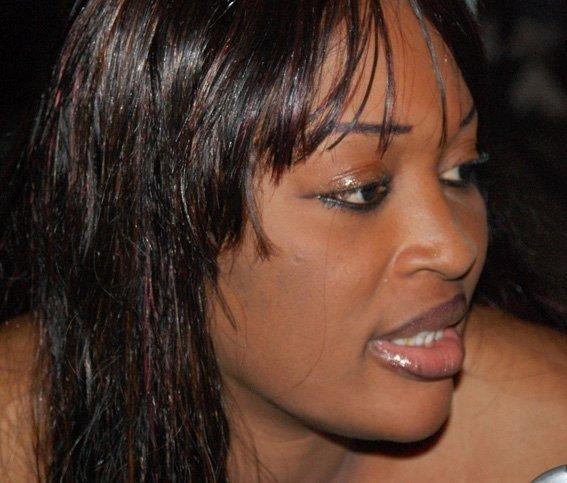 Papis Demba Cissé voulait prendre la chanteuse Titi comme épouse : la famille du footballeur a opposé son veto.