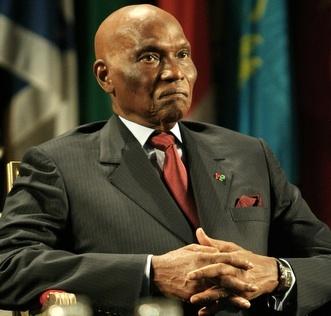 Tirs croisés contre le mandat de trop (Amadou Fall)