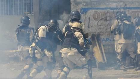 Manifestation contre les Casques bleus en Haïti