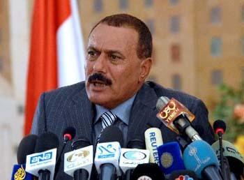 Le président Saleh rentre au Yémen, les combats repartent de plus belle