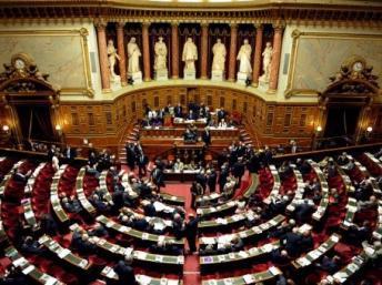 En France, la gauche remporte une victoire historique aux élections sénatoriales