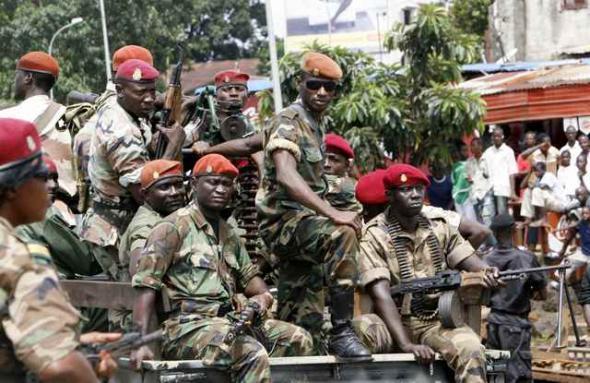 Guinée: l'armée appelée à garder son sang-froid