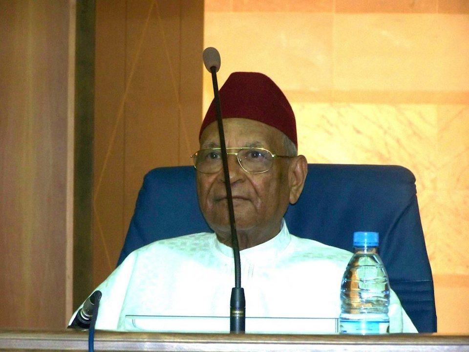 L'accusation contre le fils d'Amadou Mahtar Mbow et la politique sénégalaise.
